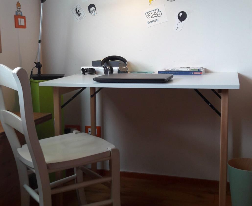 DEL FABBRO HOME & WORK propone prodotti in legno per l'uso professionale e per la casa. Scale portatili, cavalletti pieghevoli da lavoro, tavoli pieghevoli,  stendibiancheria, cantinette.